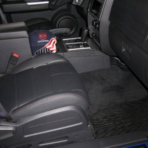 Nitro RT slush mats and SS door sill guards
