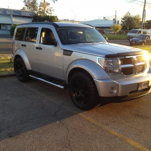 Bright Silver Metallic Dodge Nitro